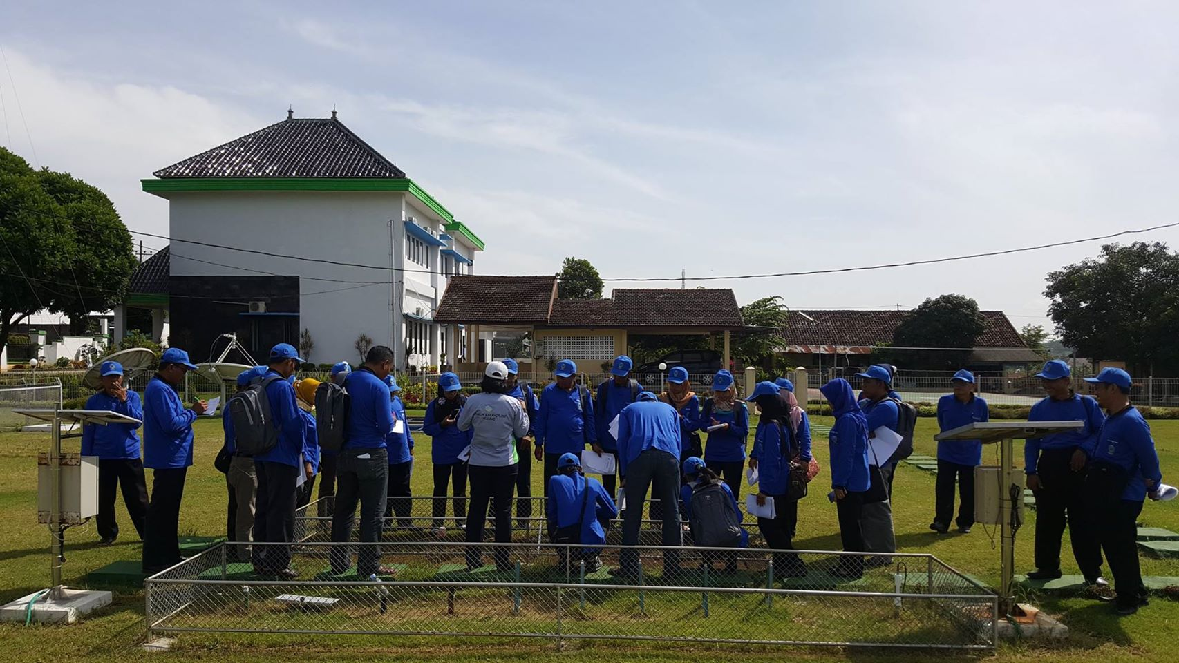 Kamis, 9-3-2017 Kunjungan Peserta Bimbingan Teknis Peningkatan Mutu Tembakau Virginia Dinas Perkebunan Provinsi Jawa Timur