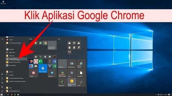 Buka Aplikasi Google Chrome yang sudah terinstall di Komputer atau Laptop Anda